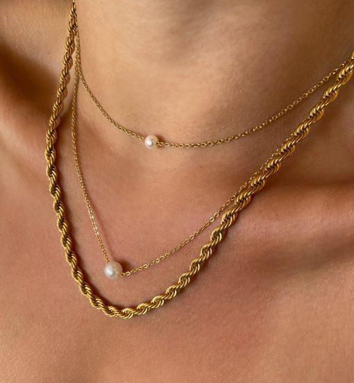 Χρυσό διπλό κολιέ με πέρλα και χρυσή χοντρή αλυσίδα πλεκτή