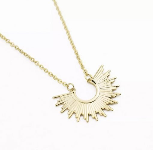 Χρυσό κολιέ με κρεμαστό σύμβολιο ακτίνες ηλίου
