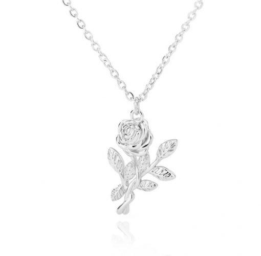 Χρυσό και ασημί κολιέ με κρεμαστό σύμβολο σκαλιστό τριαντάφυλλο