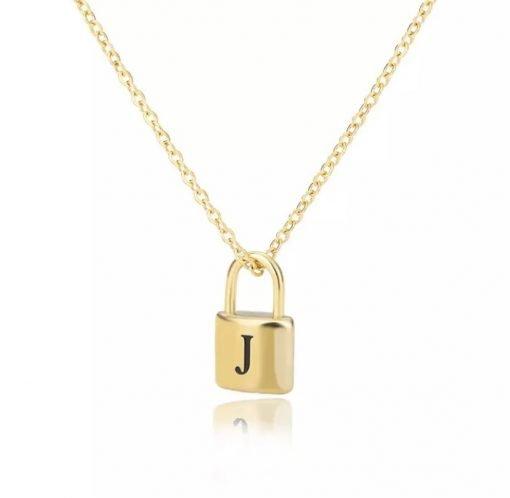 Χρυσό κολιέ με κρεμαστό σύμβολο κλειδαριά με χαραγμένο μονόγραμαJ