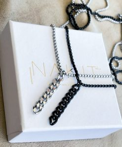 Ασημί και μαύρο κολιέ με κρεμαστό σύμβολο chainlink